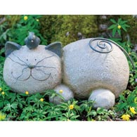 Happy Garden Cat Statue